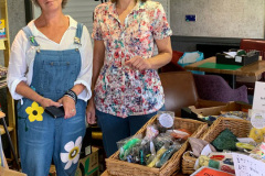 Lindsey-and-dungarees-lady
