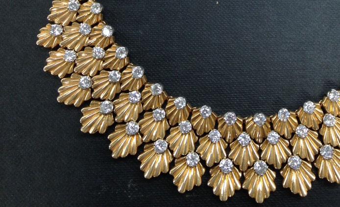 Auction-necklaceFImage